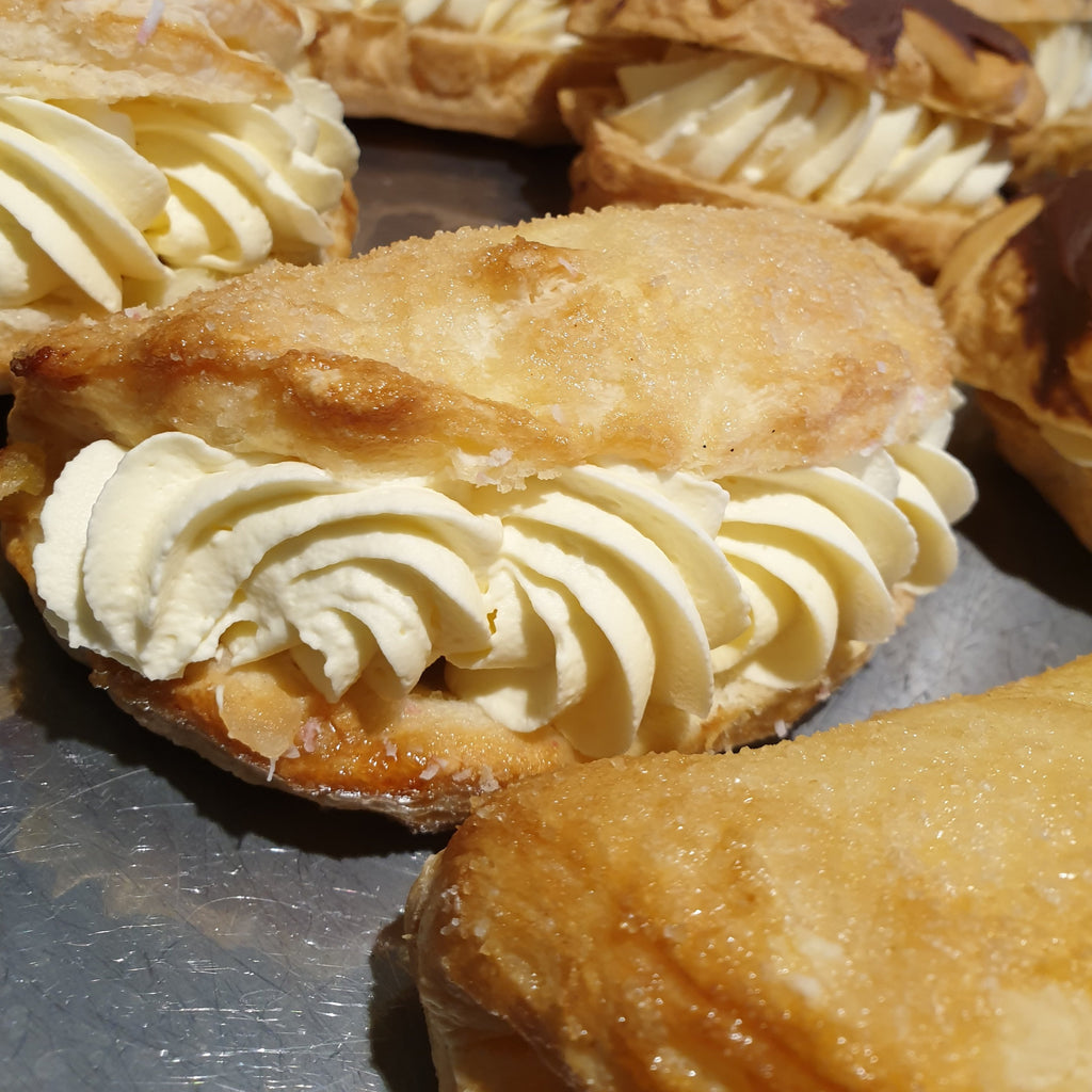 Creamed Apple Turnover -  apple, Cream Cakes, Sweet Treat