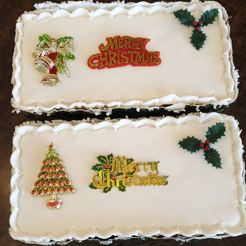 1/2 8 inch Iced on Top Christmas Cake