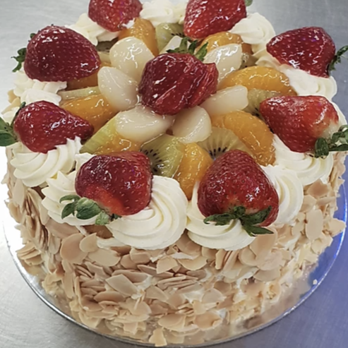 "Fresh Fruit Cream Sponge - 10"" -"