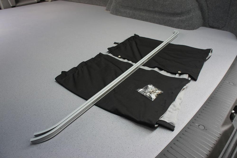 VW T5/T6 Curtain Kit  - Right Back LWB (Blackout)