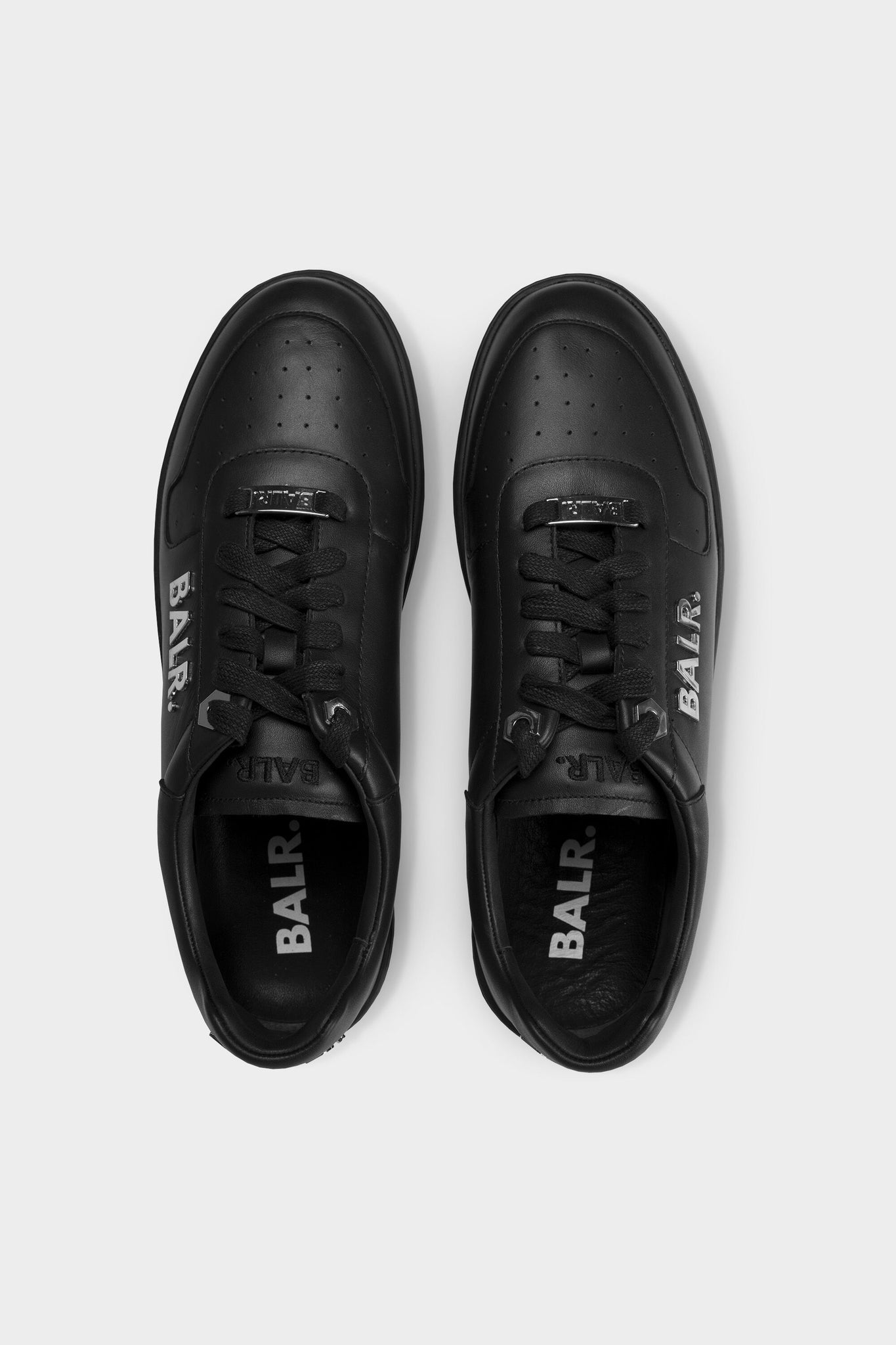 Metal Logo Sneakers Men Black