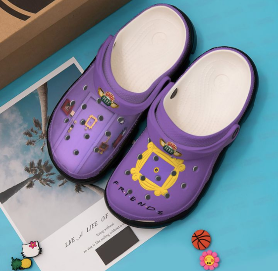 FRIENDS CROCS STYLE5 [buy 2 free shipping ]