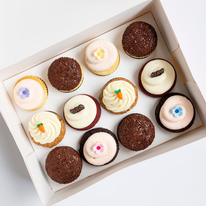 pack of 12 cupcakes: december flavors