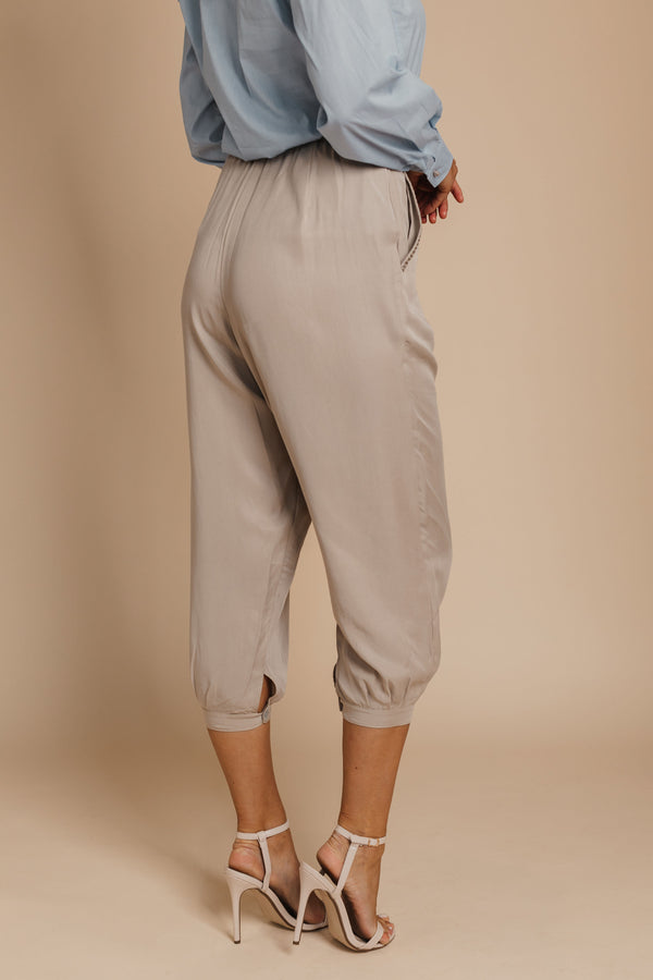 ORGANIC TENCEL BEIGE Tapered PANTS bynes new york