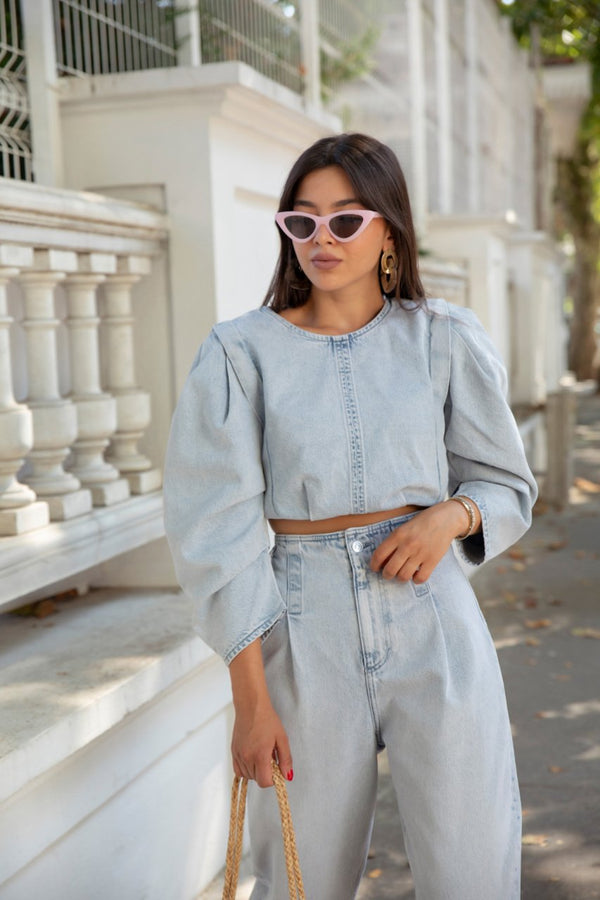 Crop Top with Round Neck Three Quarter Puffy Sleeves Darts at Hem Light Blue Back Metal Zipper