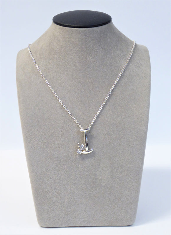 SILVER NECKLACE WITH INITIAL I