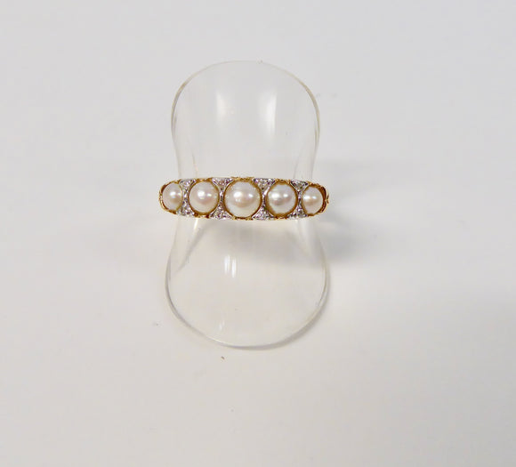 LUKE STOCKLEY 9CT GOLD  PEARL & DIAMOND RING