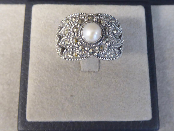 LUKE STOCKLEY SILVER MARCASITE & PEARL RING