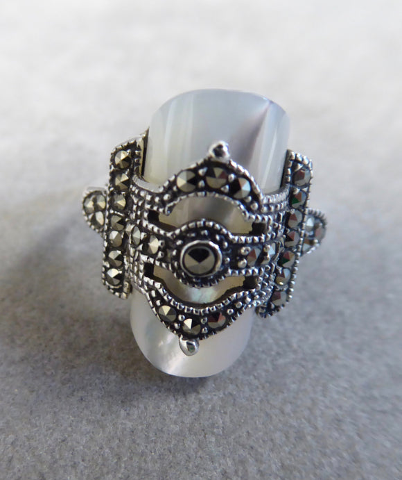 LUKE STOCKLEY SILVER MARCASITE & MOTHER OF PEARL OVAL RING