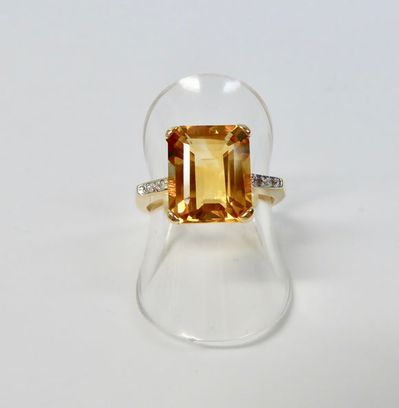 LUKE STOCKLEY 9CT CITRINE & DIAMOND OBLONG RING