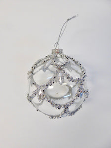 CHRISTMAS TREE DECORATIONS - CLEAR/SILVER BAUBLE