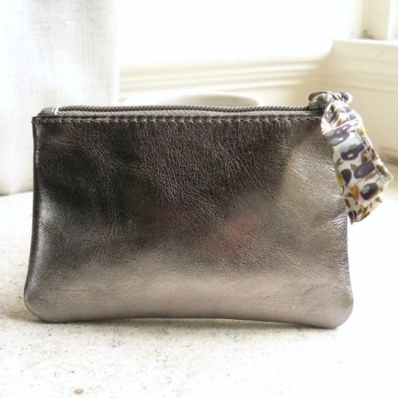 ZIPPED PURSE METALLIC FINISH