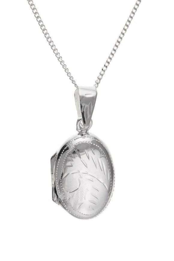 STERLING SILVER OVAL LOCKET AND CHAIN
