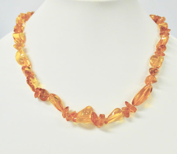 AMBER NUGGET NECKLACE