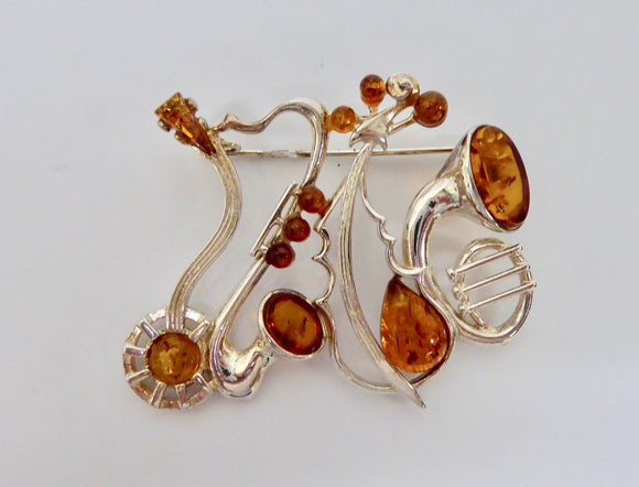SILVER AMBER MUSICAL INSTRUMENT BROOCH