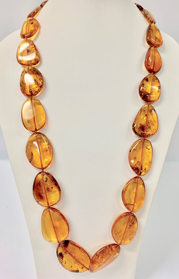 AMBER LARGE OVAL TEAR FLAT GRADUATED BEAD NECKLACE