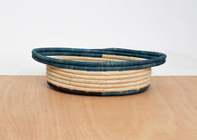 Load image into Gallery viewer, Camel Deco Oval Basket
