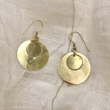 Load image into Gallery viewer, Hammered Circle Bombshell Earrings