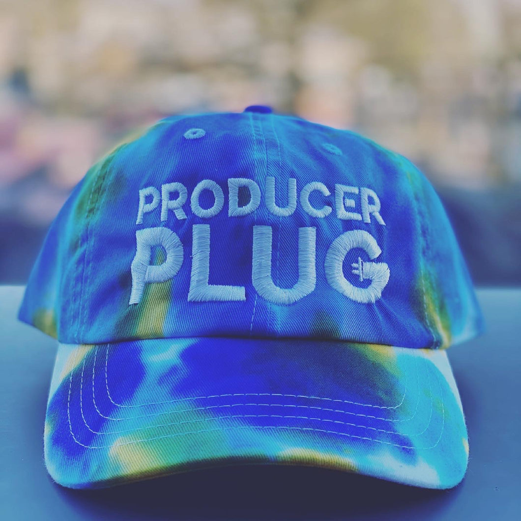 PRODUCER PLUG TYE DYE  BLUE, TURQUOISE , YELLOW & WHITE DAD BACK ( WHITE TEXT)