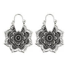 Load image into Gallery viewer, Antique Gypsy Earring