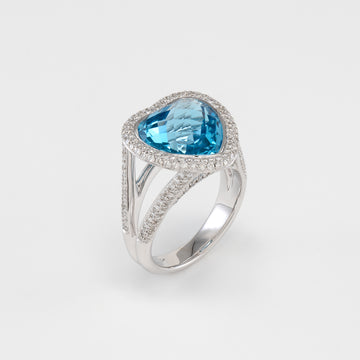18KT White Gold Diamond & Blue Topaz Ring
