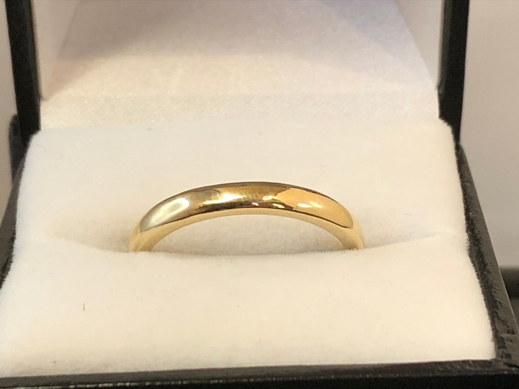 9ct Yellow Gold 2.8mm Half Round Wedding Ring
