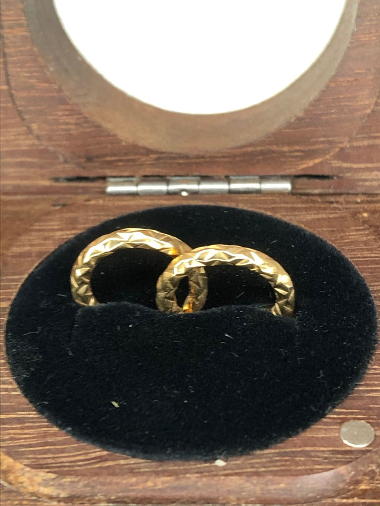 9ct Yellow Gold Patterned Hoop Earrings