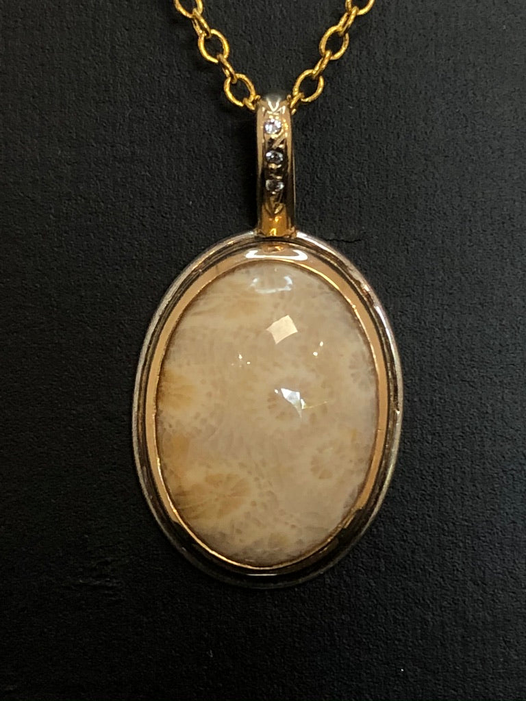 9ct Yellow & White Gold Fossilised Coral Pendant