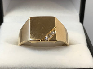9ct Yellow Gold & Diamond Square Signet Ring