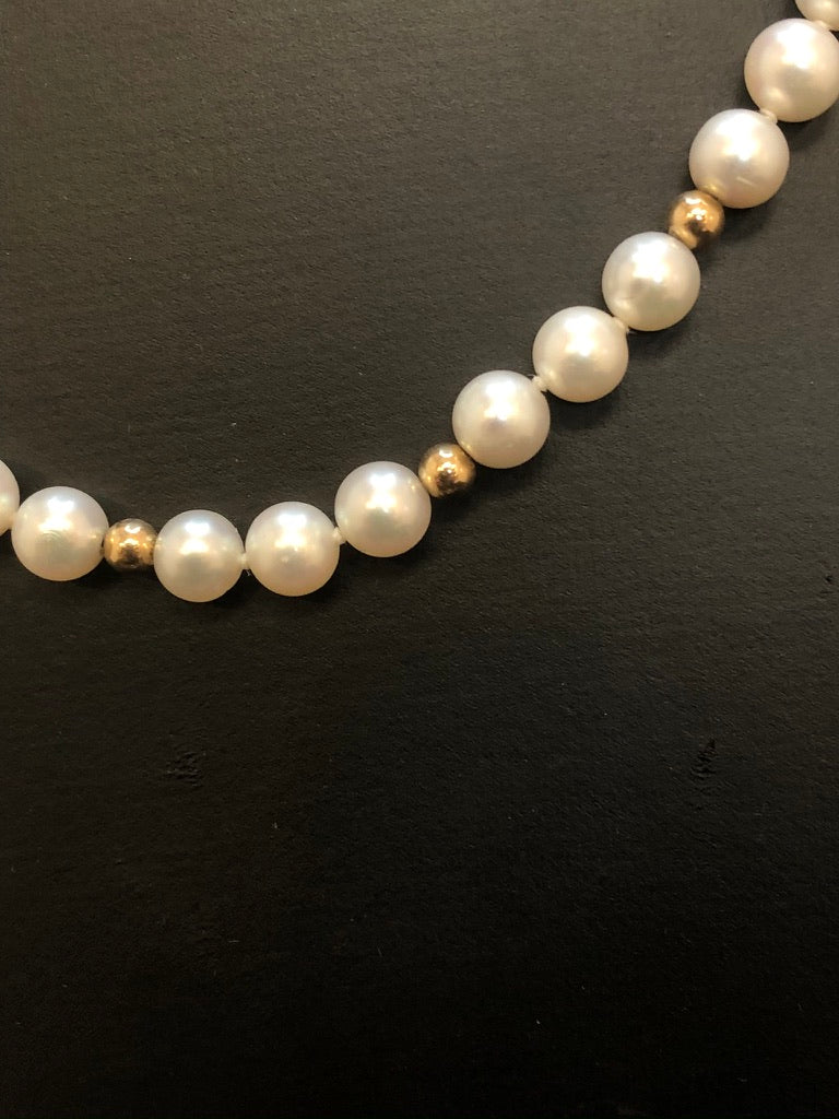 9ct Yellow Gold Bead & White Pearl Necklace