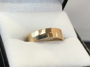 9ct Yellow Gold Hammered Look Ring
