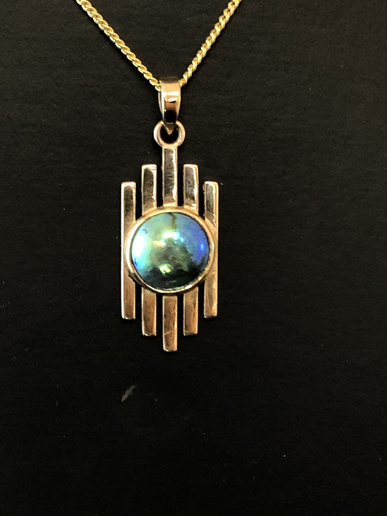 9ct Yellow Gold Deco Style with Paua Pearl