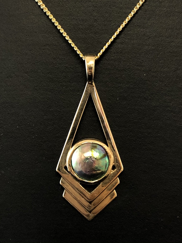 9ct Yellow Gold Deco Style Paua Pearl Pendant