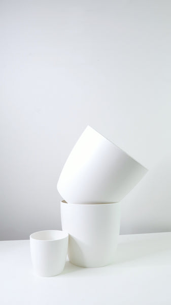 White Tapered Edged Pot