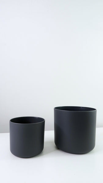 Grey Straight Edged Pot