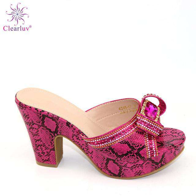 New Arrrival Italian Design Women Shoes Decorated with Rhinestone Summer Shoes Big Size Ladies Shoes High Heels Party Pumps