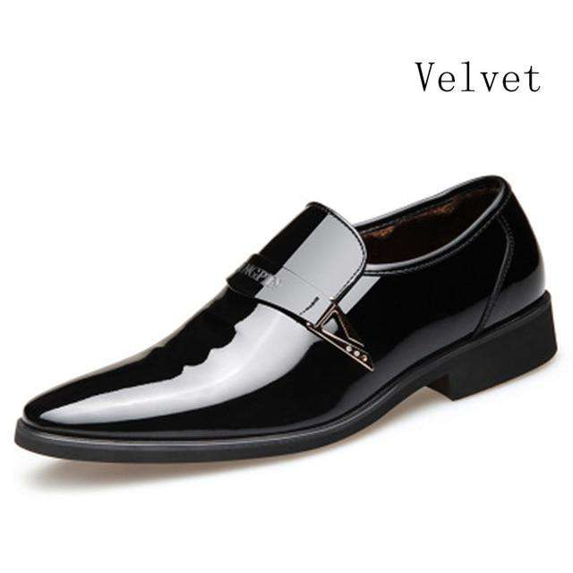 Men Dress Italian Leather Shoes Slip On Fashion Men Leather Moccasin Glitter Formal Male Shoes Pointed Toe Shoes For Men