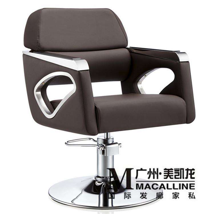 European hairdressing chair solid wood cutting. Luxury Italian hair salon chair. The new barber's chair - Gustobene
