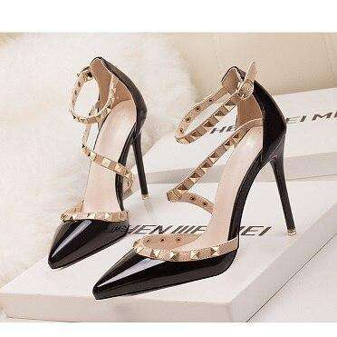Runway Scarpin Nude High Heels Pointed Toe Rivet Pumps Fashion Brand Women Shoes 2017 Italian Ankle Strap Size 34-39 Stud