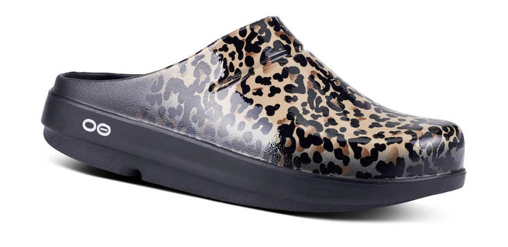 OOFOS OOcloog Limited Edition Clog Leopard