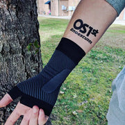 OS1st WS6 Sports Wrist Compression Sleeve Black