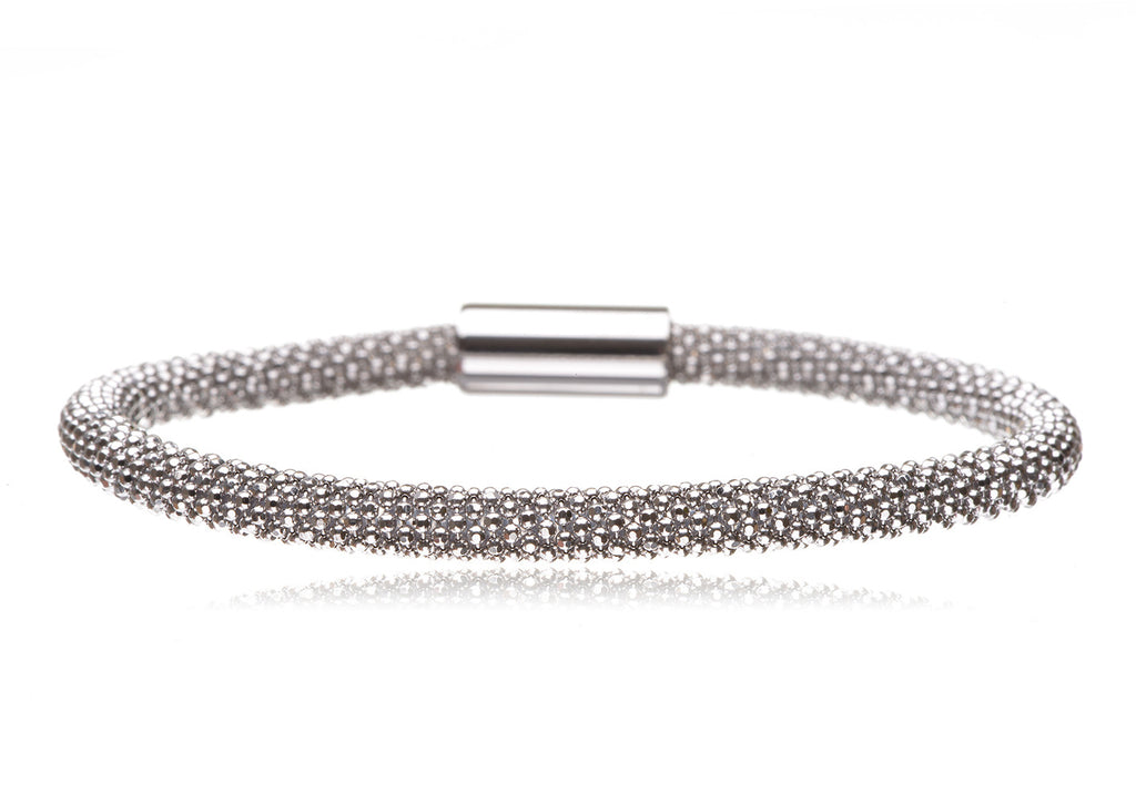 BX-733/S - Sterling silver bangle.