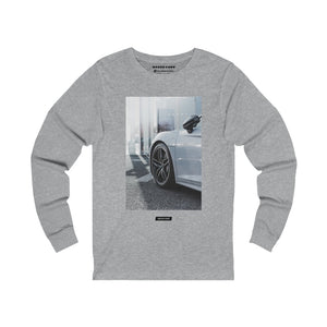 R8 - Long Sleeve Tee