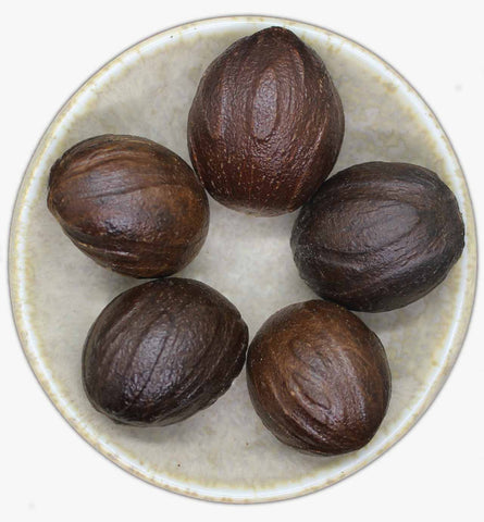 Nutmeg with Shell