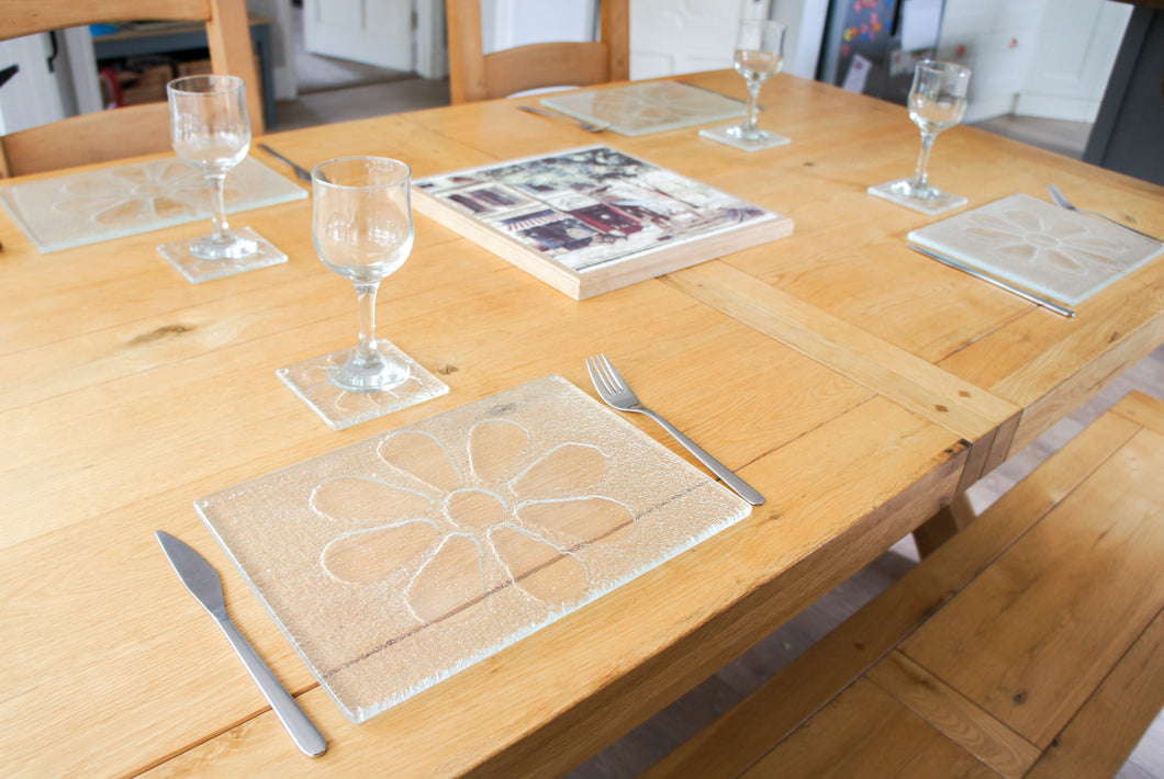 flower daisy clear glass placemat