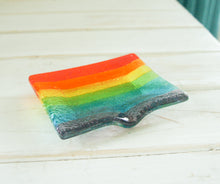 "Load image into Gallery viewer, Rainbow Soap Dish 13x10cm(5x4"")"