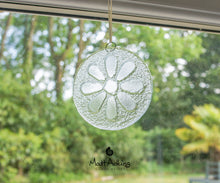"Load image into Gallery viewer, Clear Daisy Suncatcher - 12cm(5"")"