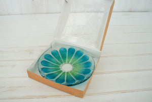 "Small Daisy Blue/Green  Bowl - 20cm(8"")"