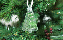 "Load image into Gallery viewer, 3 to 6 Mini Green Glass Trees - Hanging - 8cm(3"")"