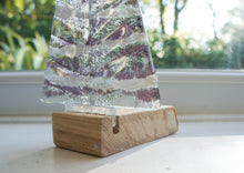 "Load image into Gallery viewer, Large Purple&White Glass Free - Freestanding - 22cm/8 1/2"" with wooden block"